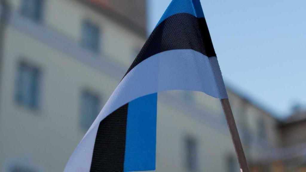 eesti-lipp-02